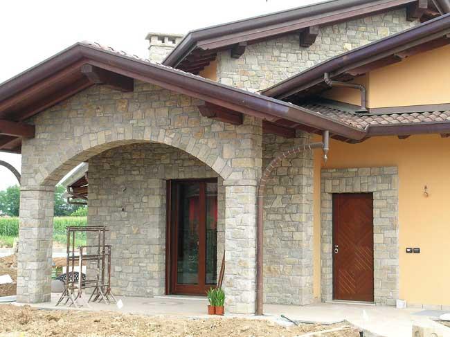spesso Rivestimento Villa in Pietra di Credaro a Capriate San Gervasio  RJ18